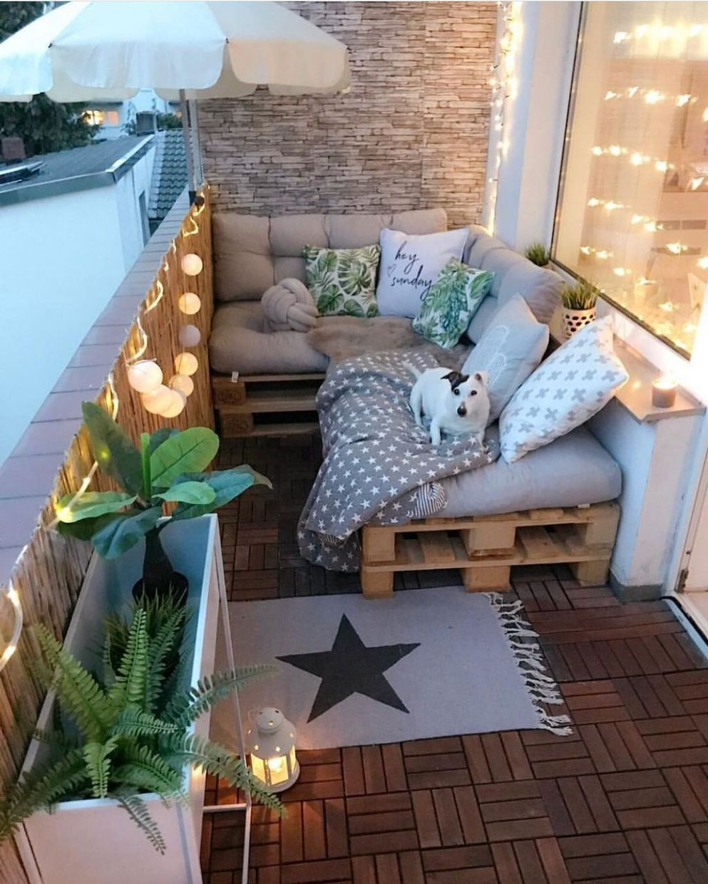 10 Balcon Apartment Design Ideas with Floral Decorations That Make ..