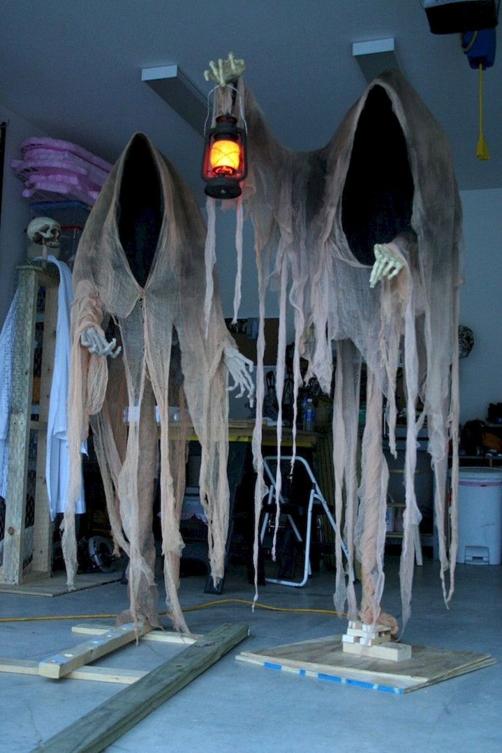 10 Best DIY Halloween Decorating Ideas (With images) | Halloween ...