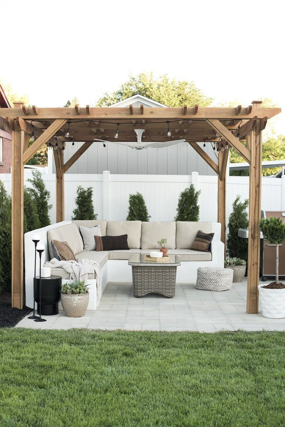 10 Best Pergola Ideas for the Backyard - How to Use a Pergola - backyard ideas pergola