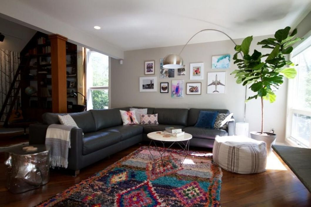 10+ Fascinating Colorful Rug Designs Ideas For Living Room ..