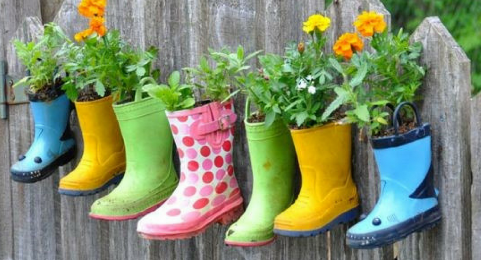 10 inventive & quirky upcycling ideas for your garden - garden quirky ideas