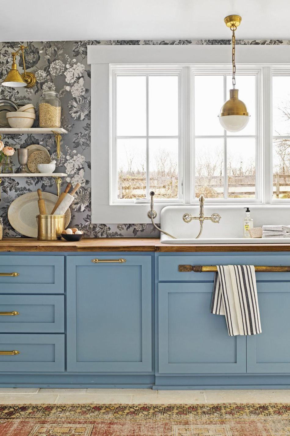 10 Kitchen Trends 10 - New Cabinet and Color Design Ideas