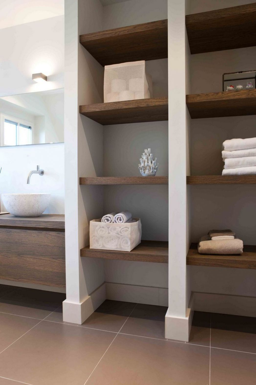 10+ Open Bathroom Closet Organization Ideas | Inspira Spaces