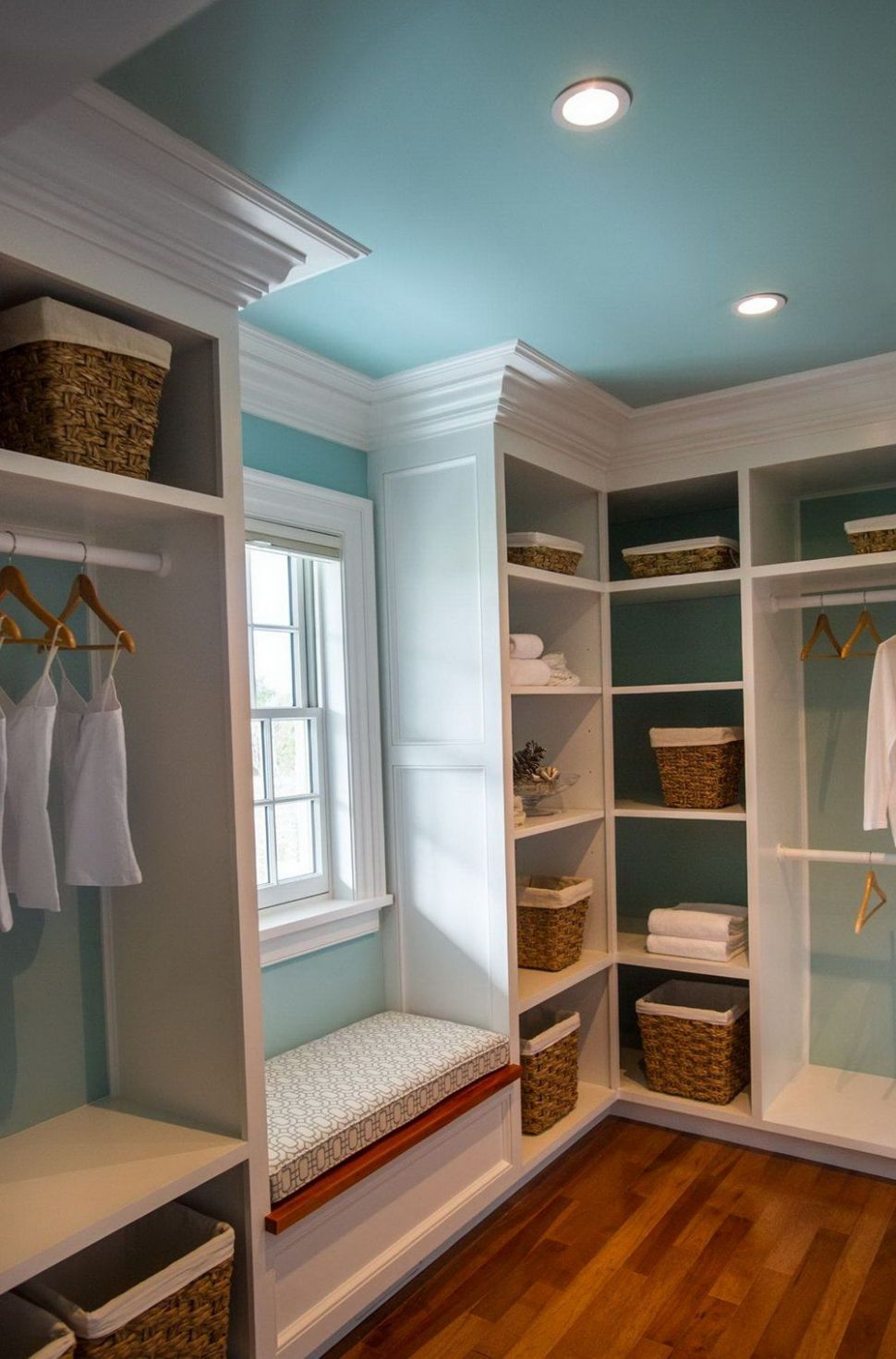 10 Pretty Closet Systems, According to Architects [Full Image ...