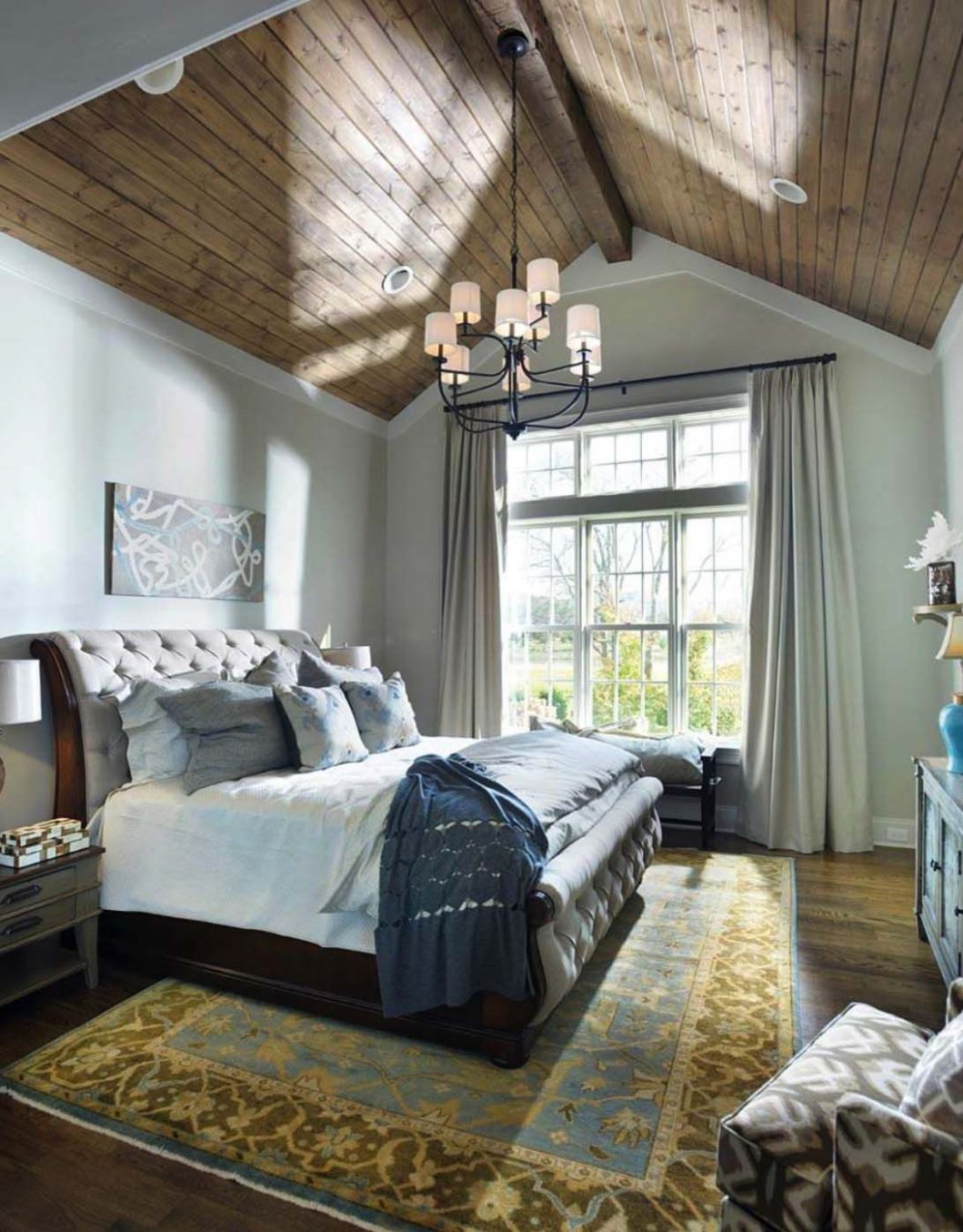 10 Stunning master bedroom retreats with vaulted ceilings | Master ...