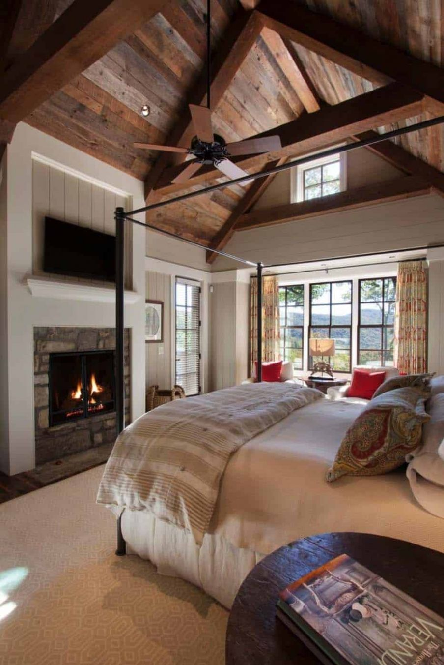 10+ Vaulted Ceiling Ideas to Make Spaciousness in Style - bedroom ideas vaulted ceiling