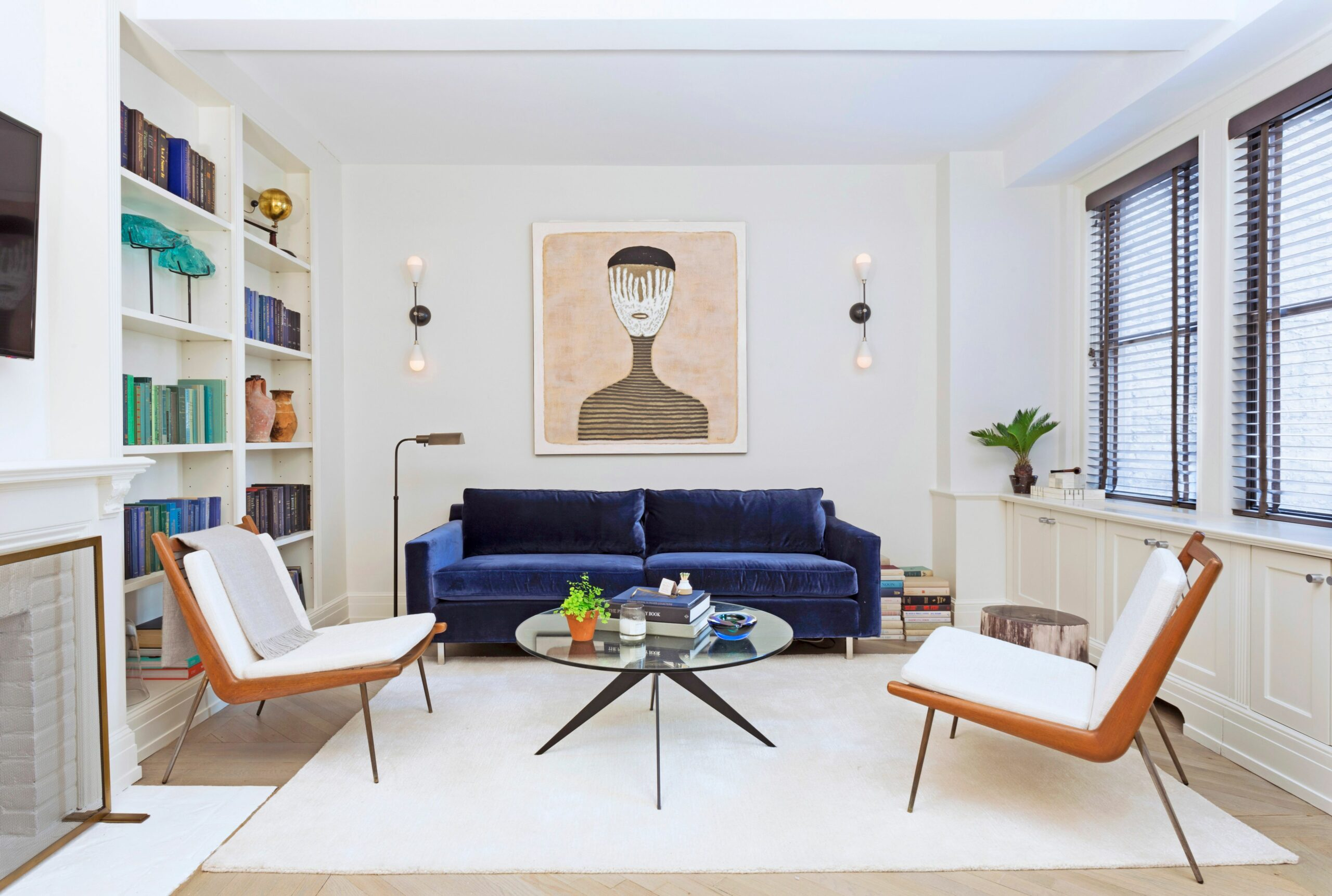 10 Wall Decor Ideas to Refresh Your Space | Architectural Digest - apartment decorating wall ideas