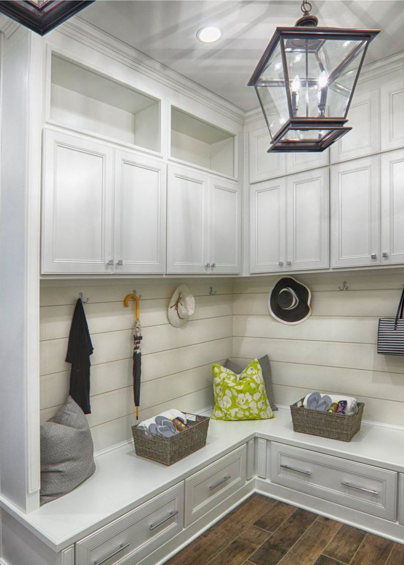 11 Absolute Essentials to the Perfect Mudroom | Laundry room ..