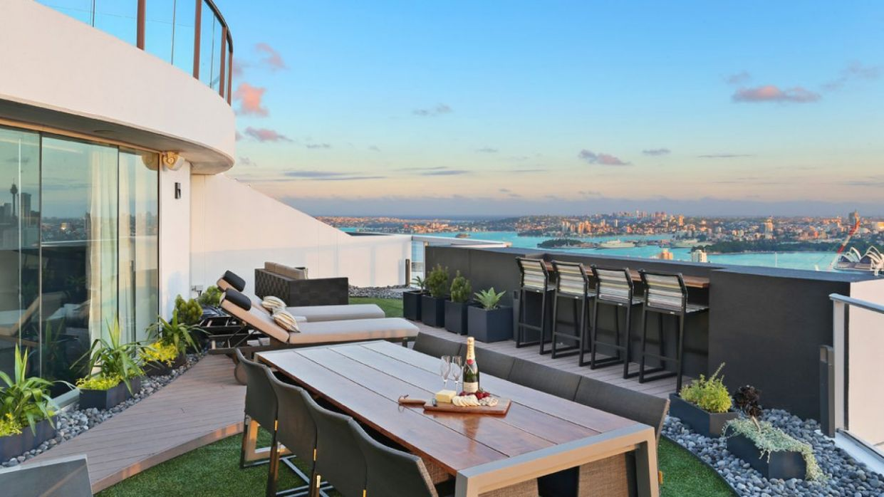 11 Amazing Contemporary Balcony Designs You're Going To Love