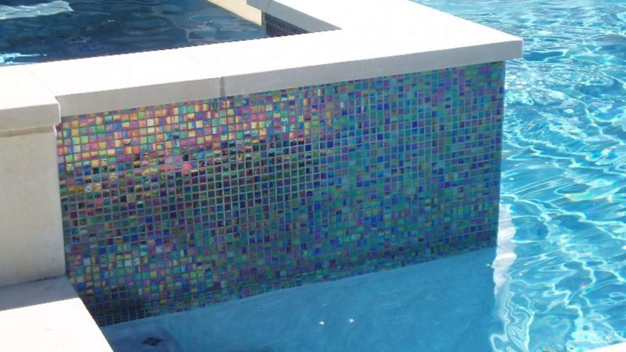 √ 11 Awesome Pool Mosaics Ideas for Your Swimming Pool