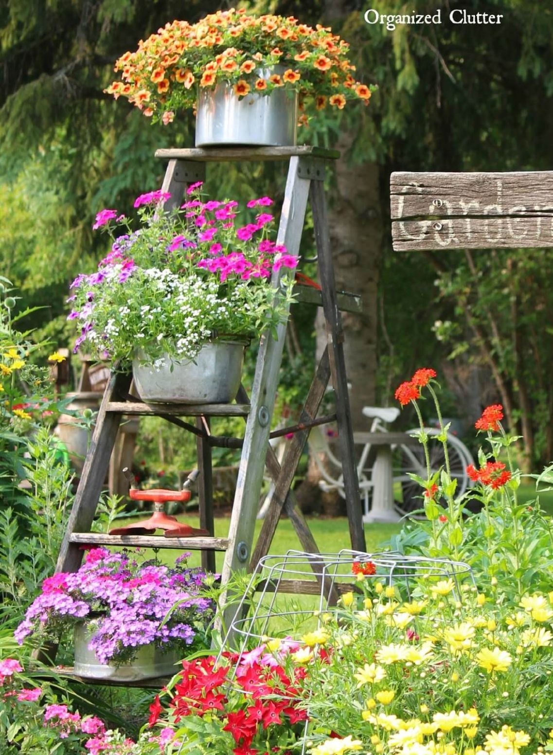 11 Best Vintage Garden Decor Ideas and Designs for 11