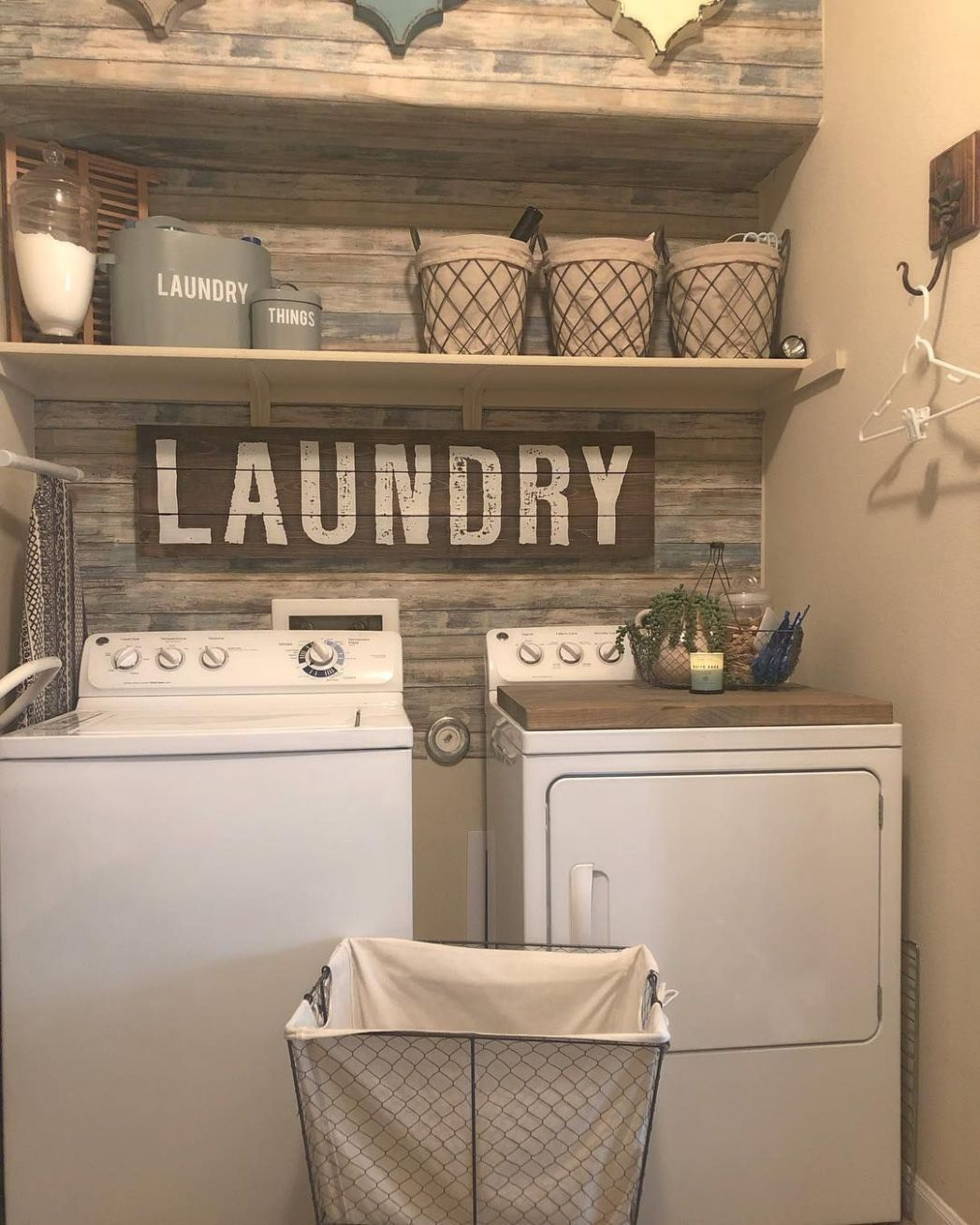 11+ Clever Laundry Room Ideas That Are Practical and Space ..