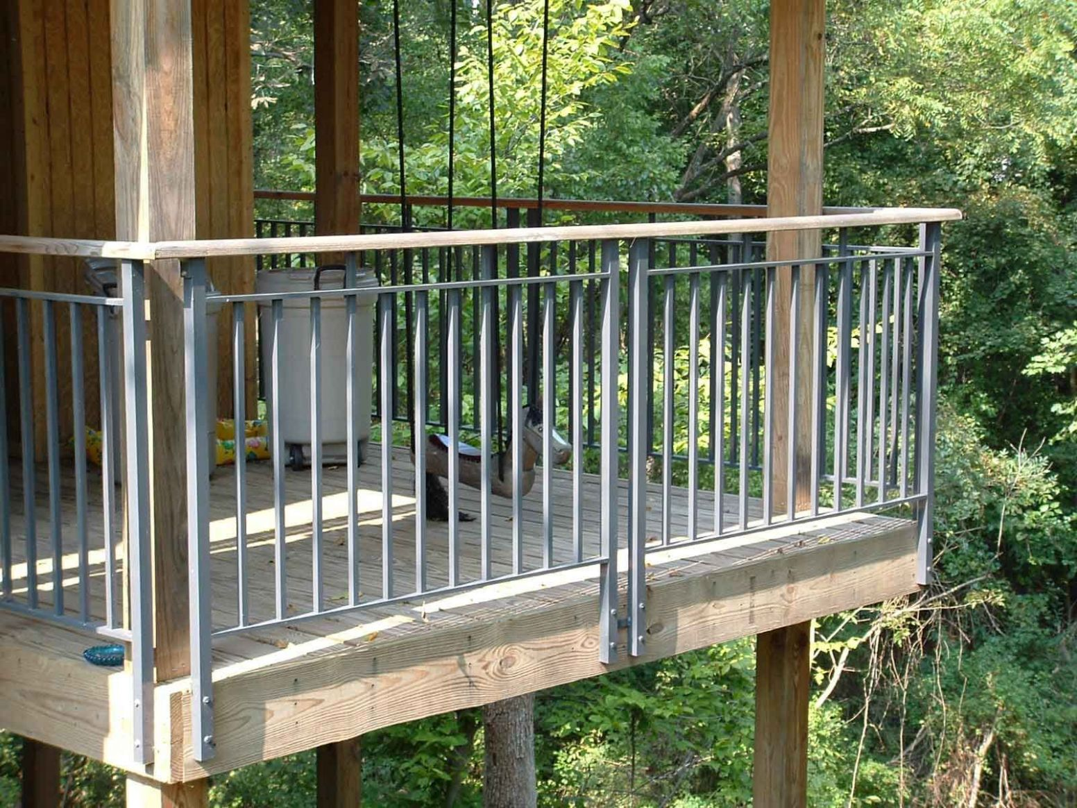 11+ Creative Deck Railing Ideas for Inspire What You Want | Metal ..