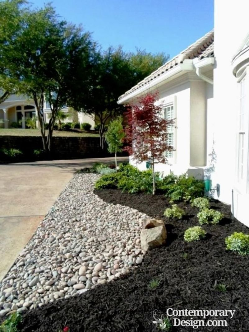 11 Easy and Beautiful Landscaping Ideas With Mulch And Rocks ..