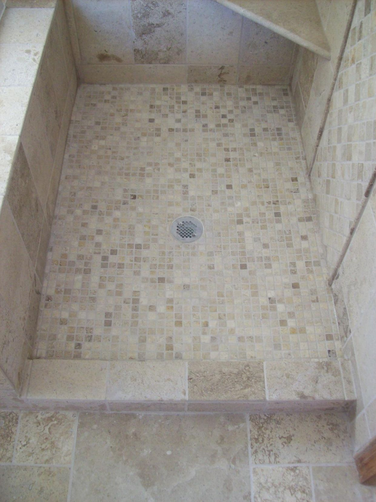 11 great ideas and pictures of bathroom tiles cork - Bathroom Tile ..