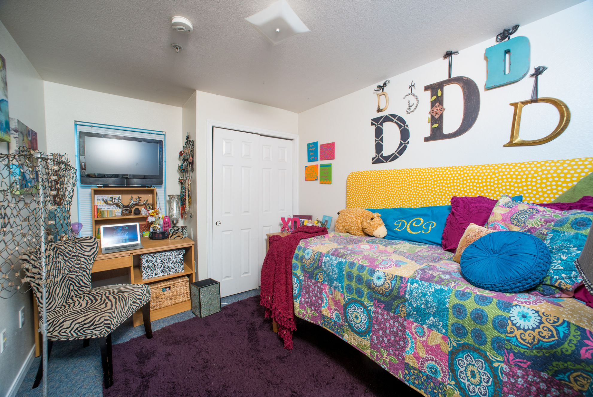 11 Inexpensive dorm decor items you'll want to steal for your own ...
