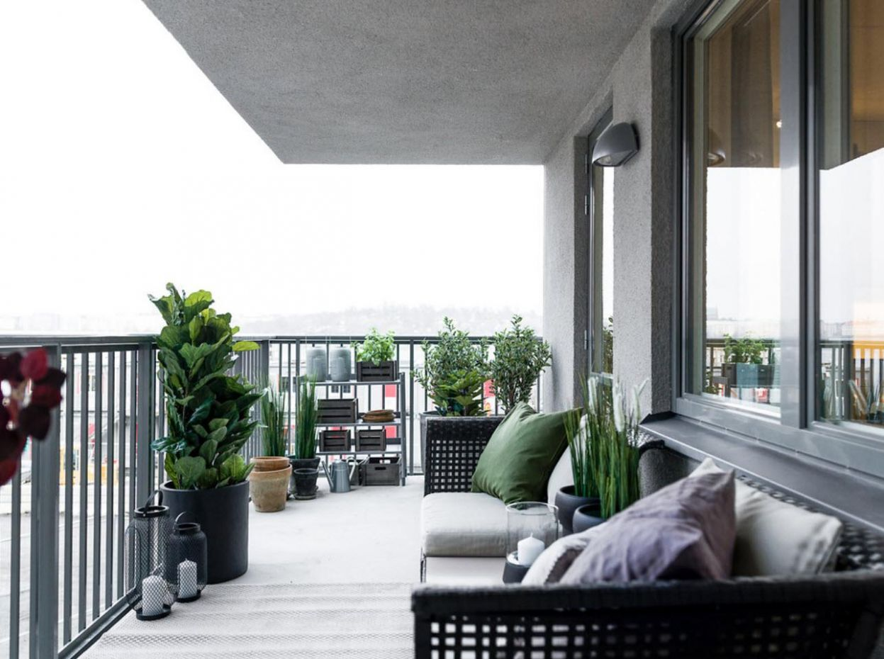 11+ Large Balcony Design Ideas: Modern Trends in Furniture and ..