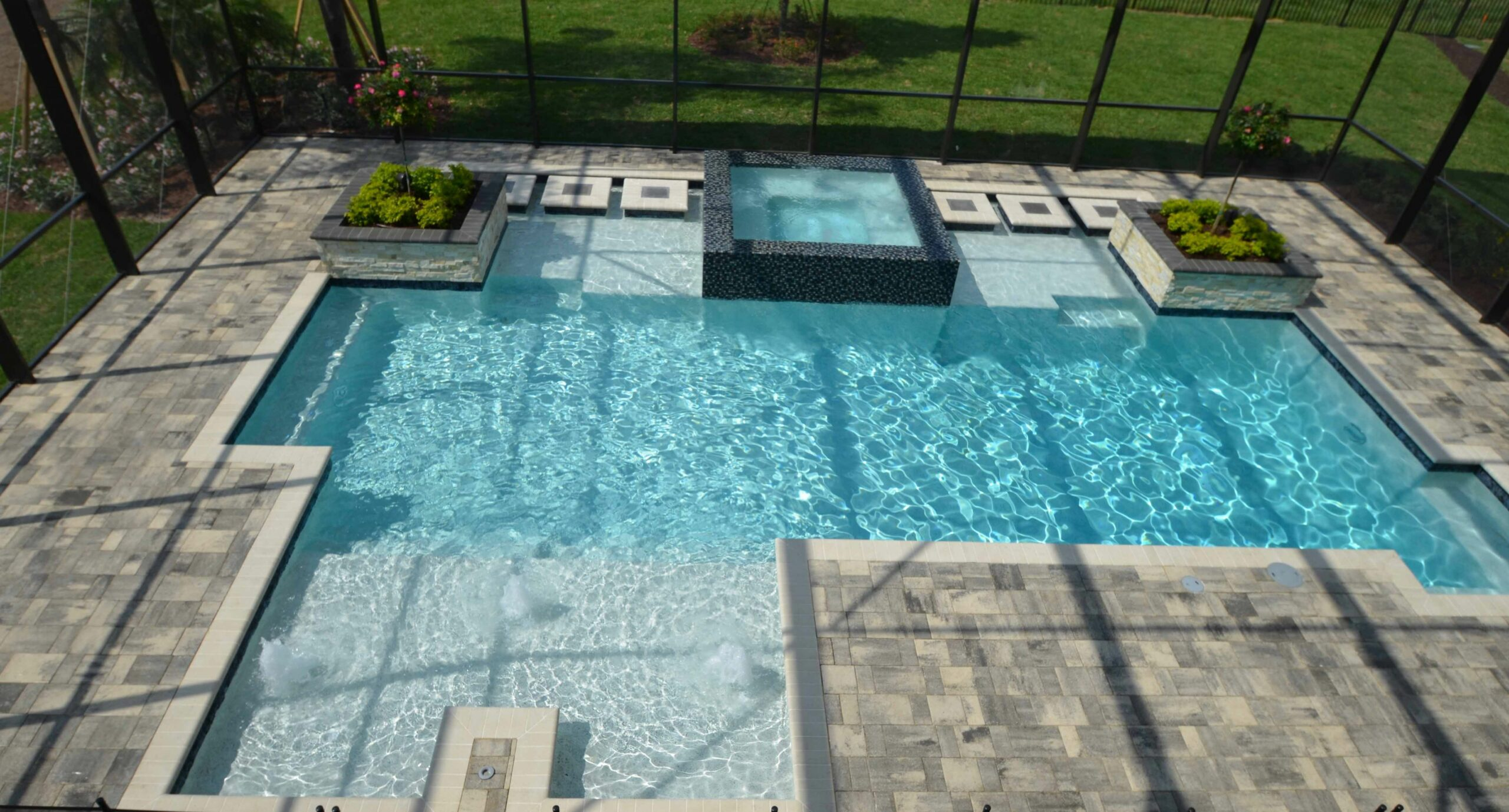 11 Low Maintenance Landscaping Ideas for Enclosed Pool Areas | All ...