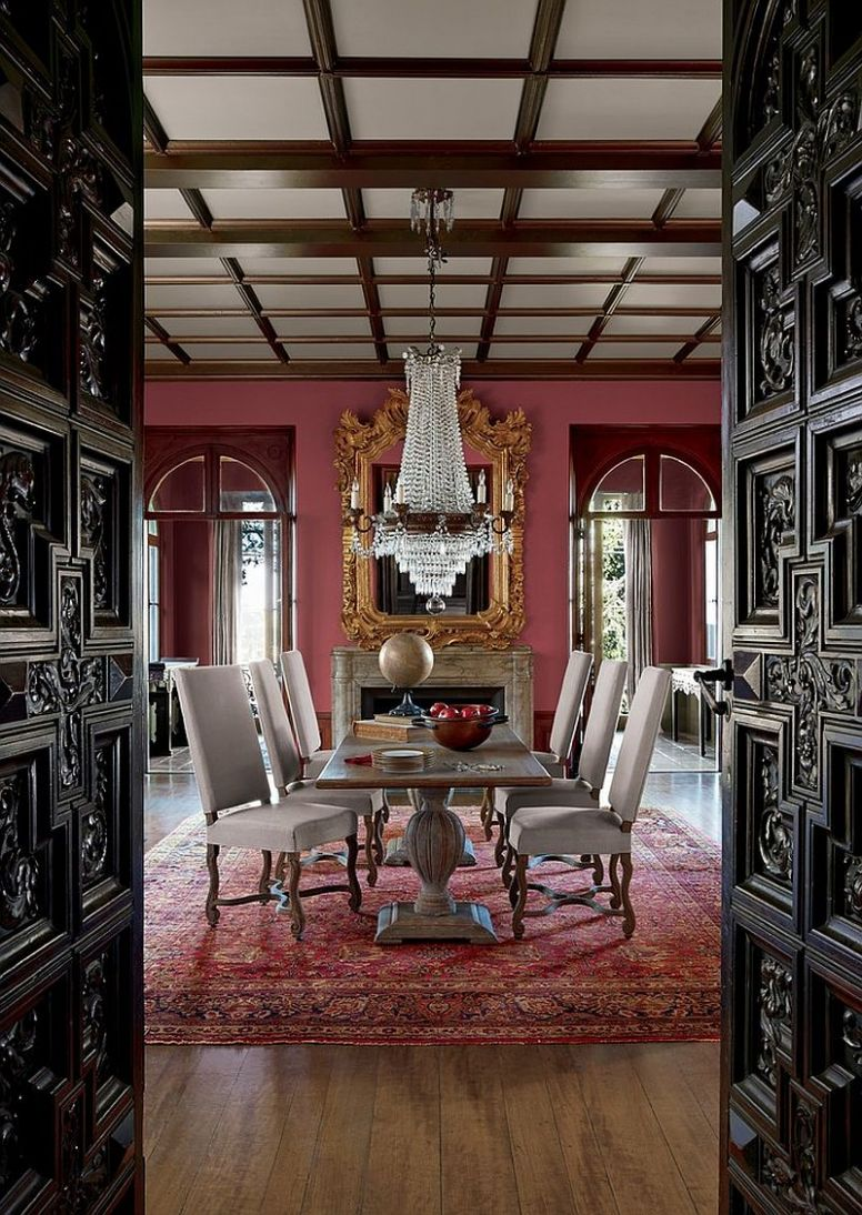 11 Majestic Victorian Dining Rooms That Radiate Color and Opulence