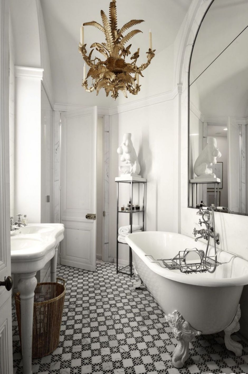 11 Modern Bathrooms That Make The Case For Luxury | Parisian ..