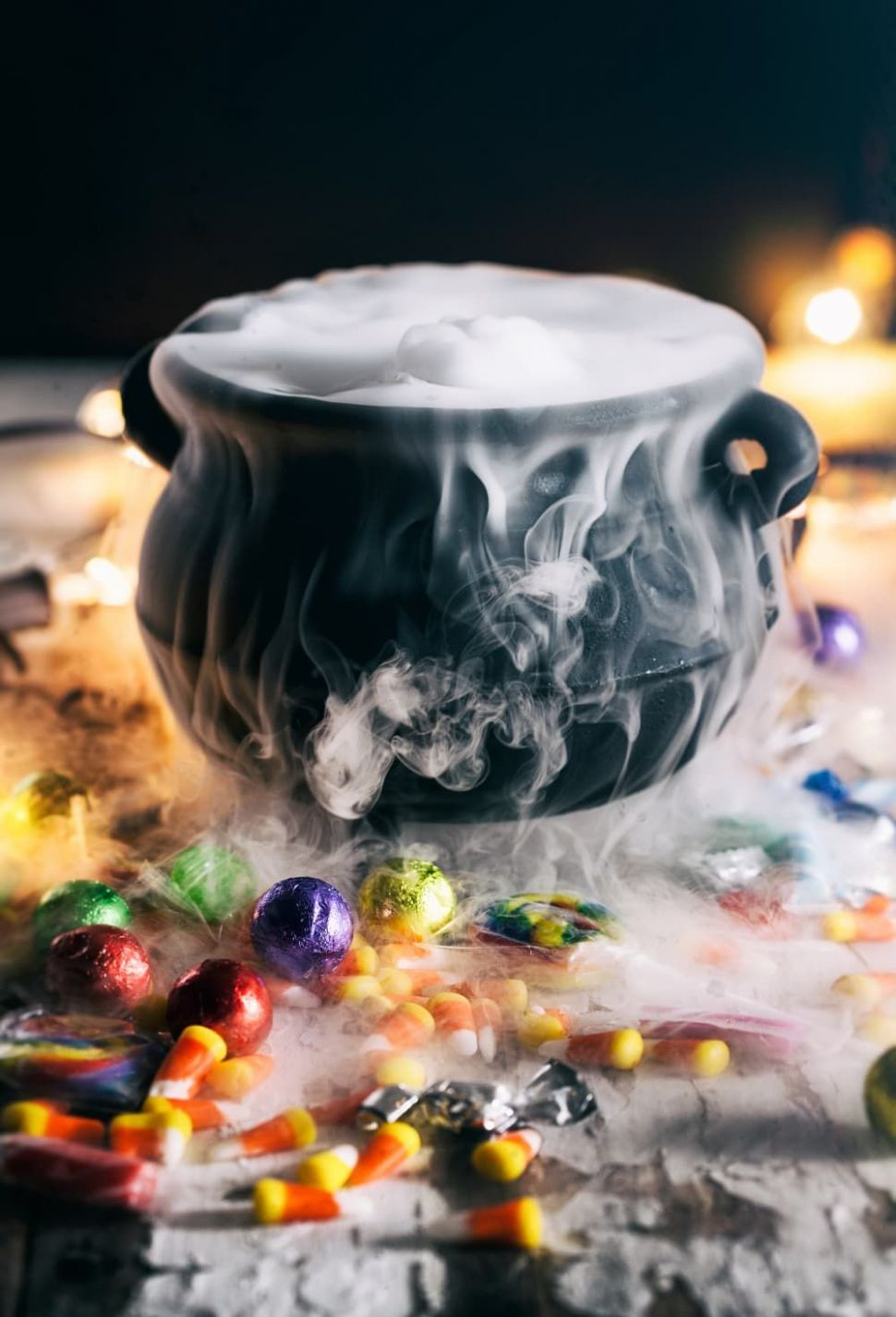 11 of Our Favorite Ways to Use Dry Ice on Halloween | Dry ice ...