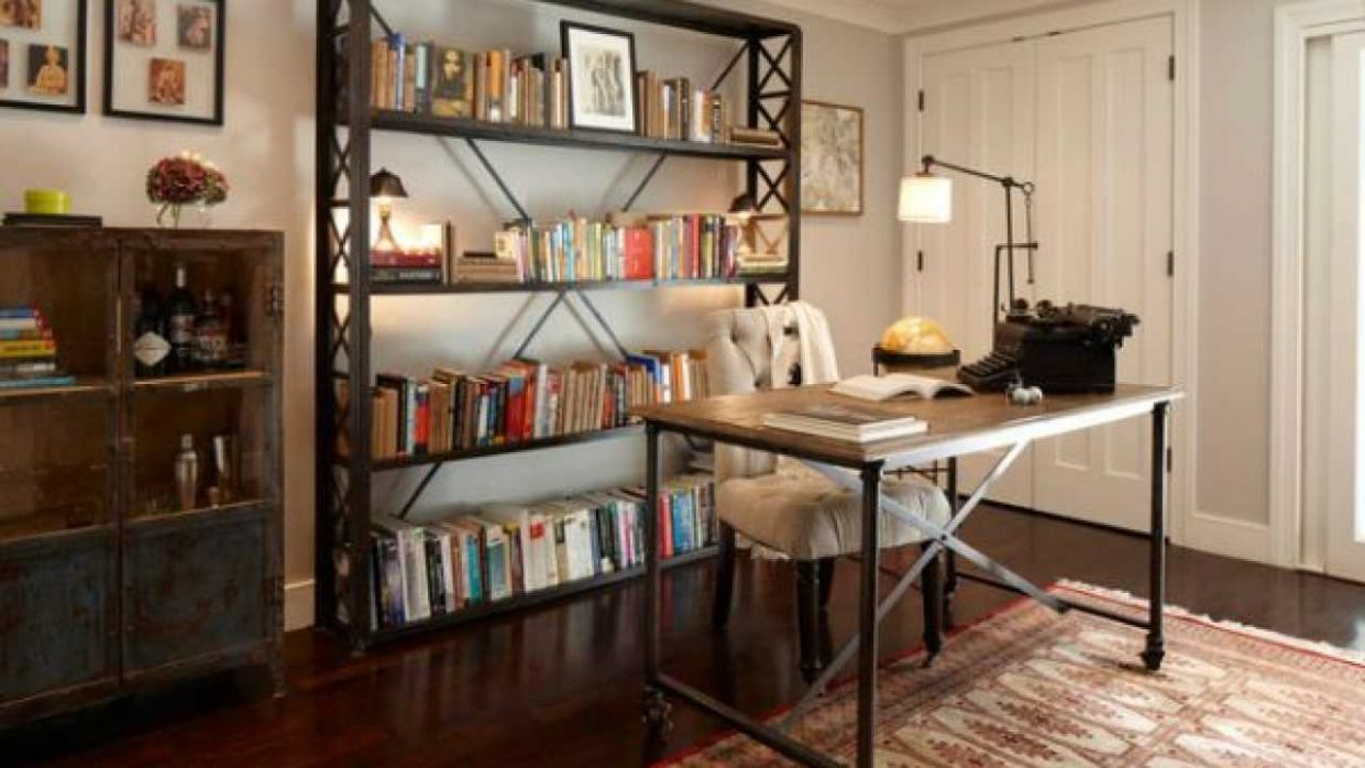 11 Phenomenal Industrial Home Office Design Ideas