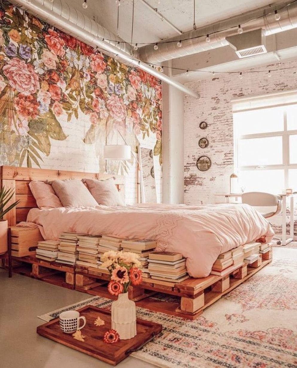 11 Romantic Bedroom Decor Ideas With Floral Theme - Trendehouse - bedroom ideas romantic