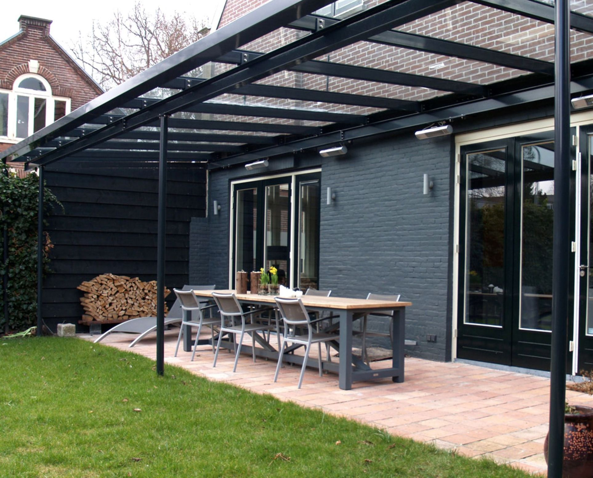 11 Stylish Covered Patio Ideas