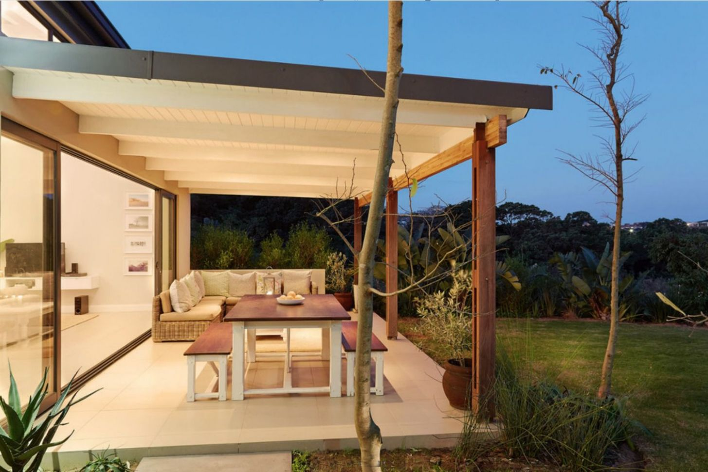 11 Stylish Covered Patio Ideas - backyard ideas roof