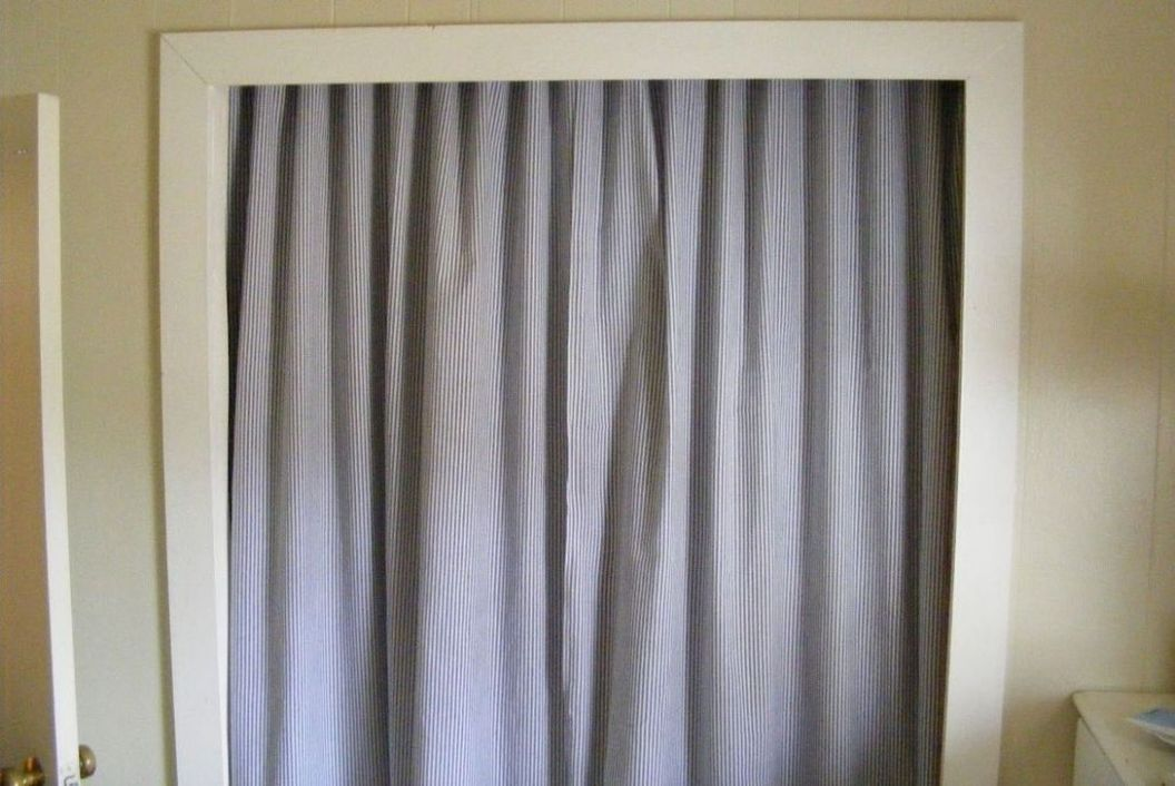 11 Stylish Diy Closet Door Curtains Ideas - decoomo