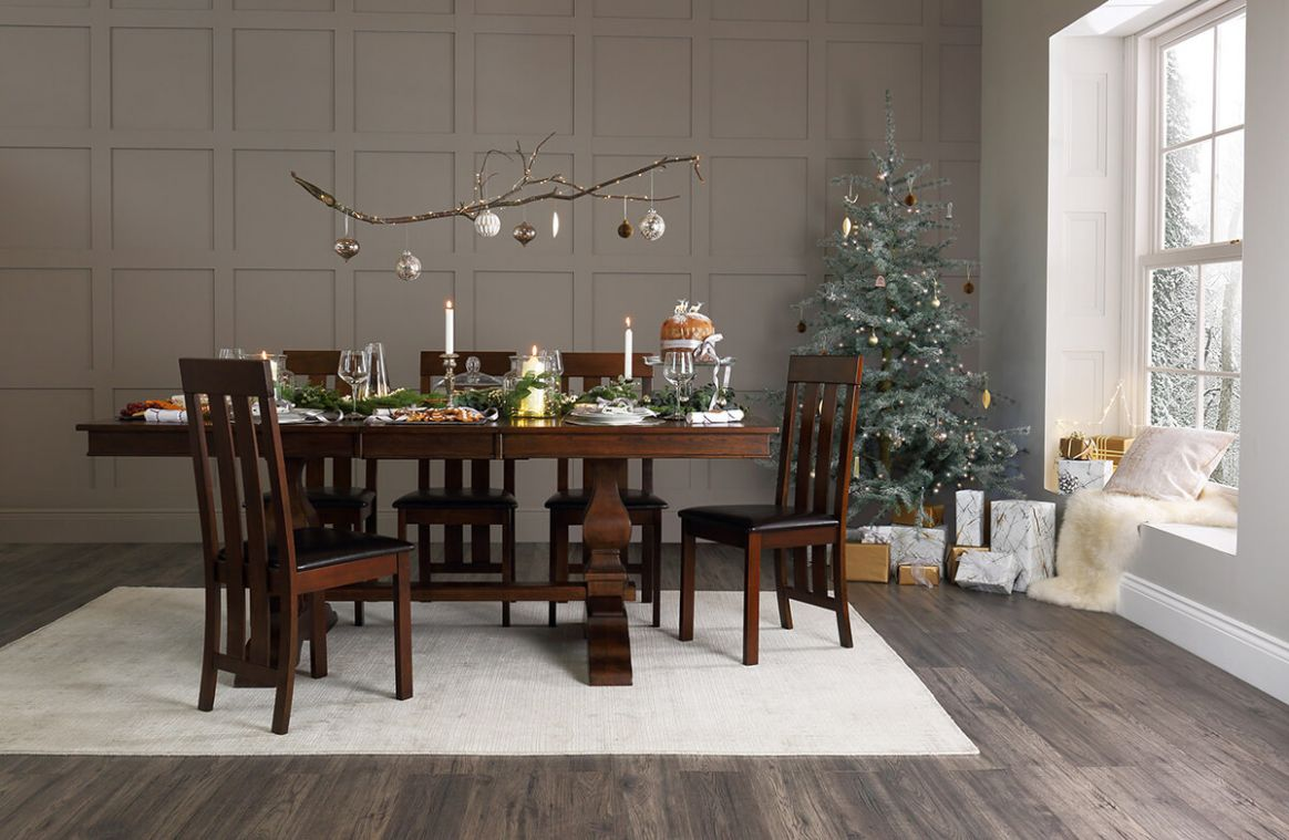 11 Trendy Tips To Style Your Christmas Dining Table – Babble-up - dining room ideas dark wood