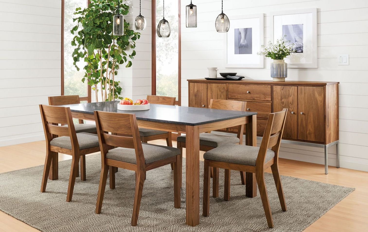 12 Adorable Small Dining Room Ideas For Dinner More Enjoy - DEXORATE - narrow dining room ideas