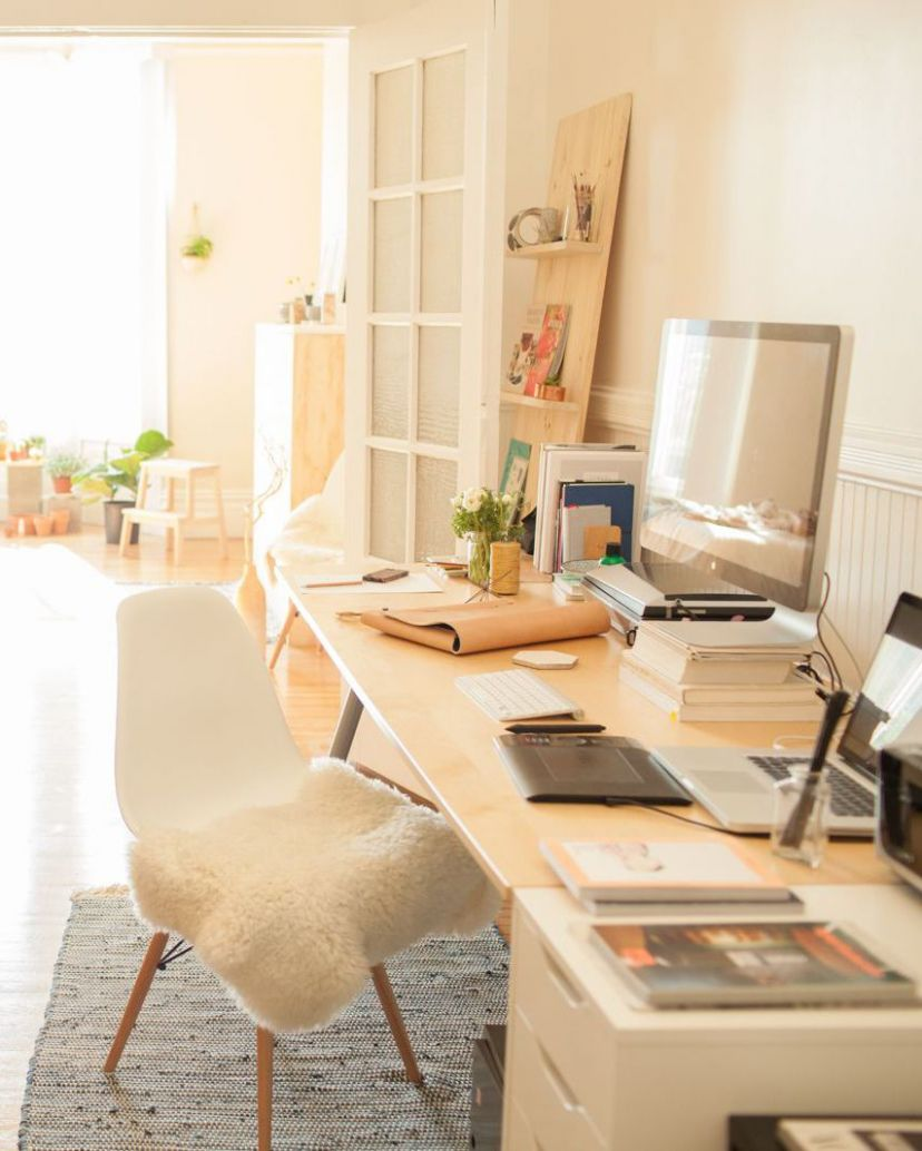 12 Desk Situations That Are SO Next-Level | HOUSE & HOME in 12 ...