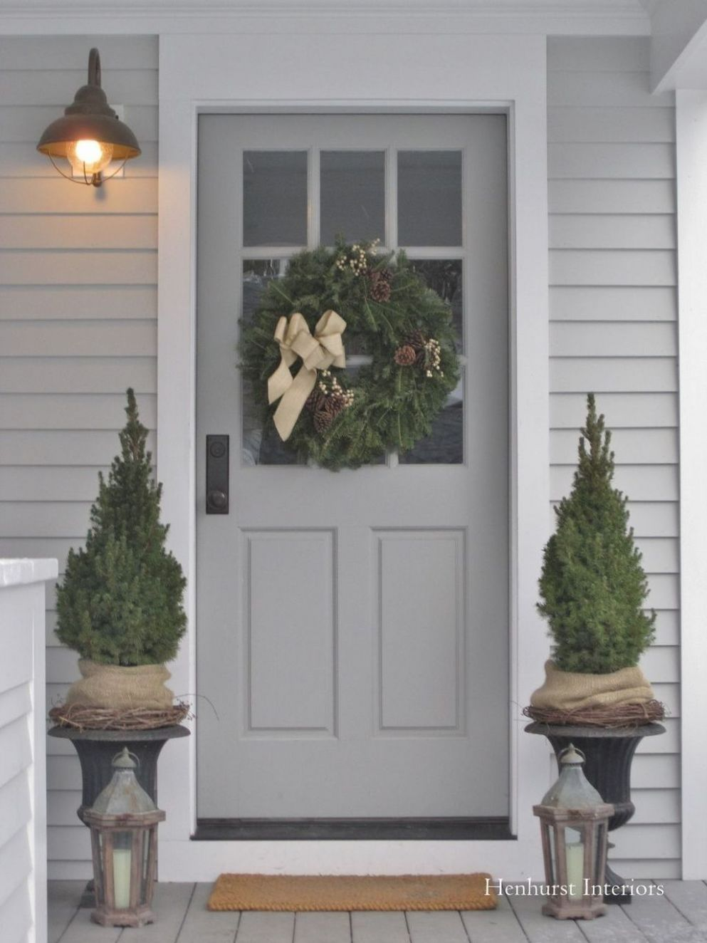 12 Lovely Winter Front Porch Decoration That Will Make Your Porch ..