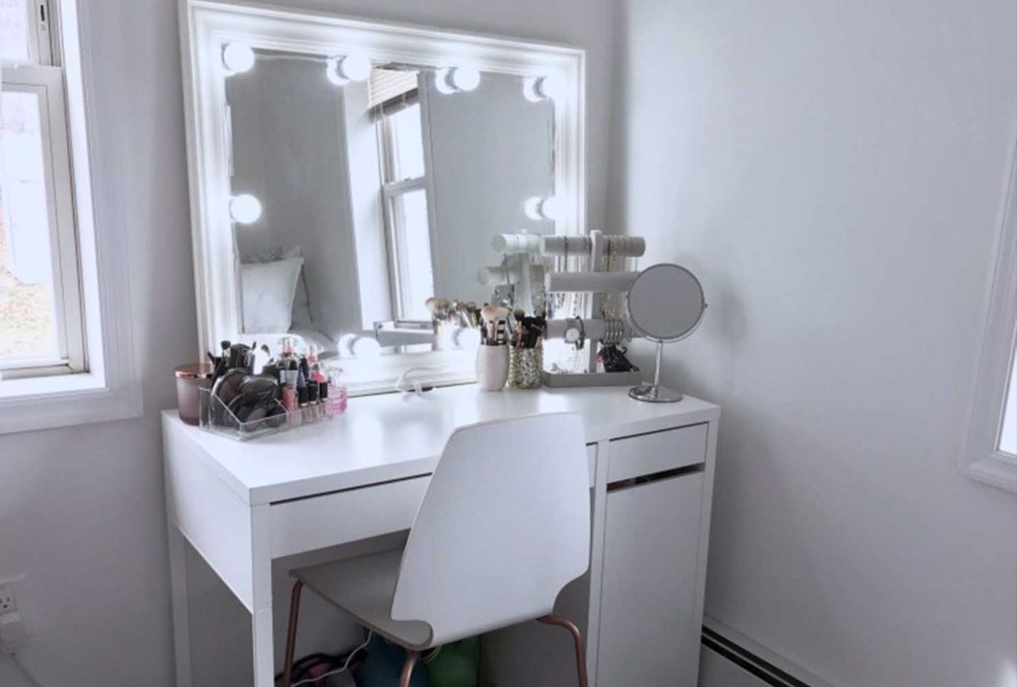 12 Makeup Room Ideas To Brighten Your Morning Routine   Shutterfly - makeup room layout