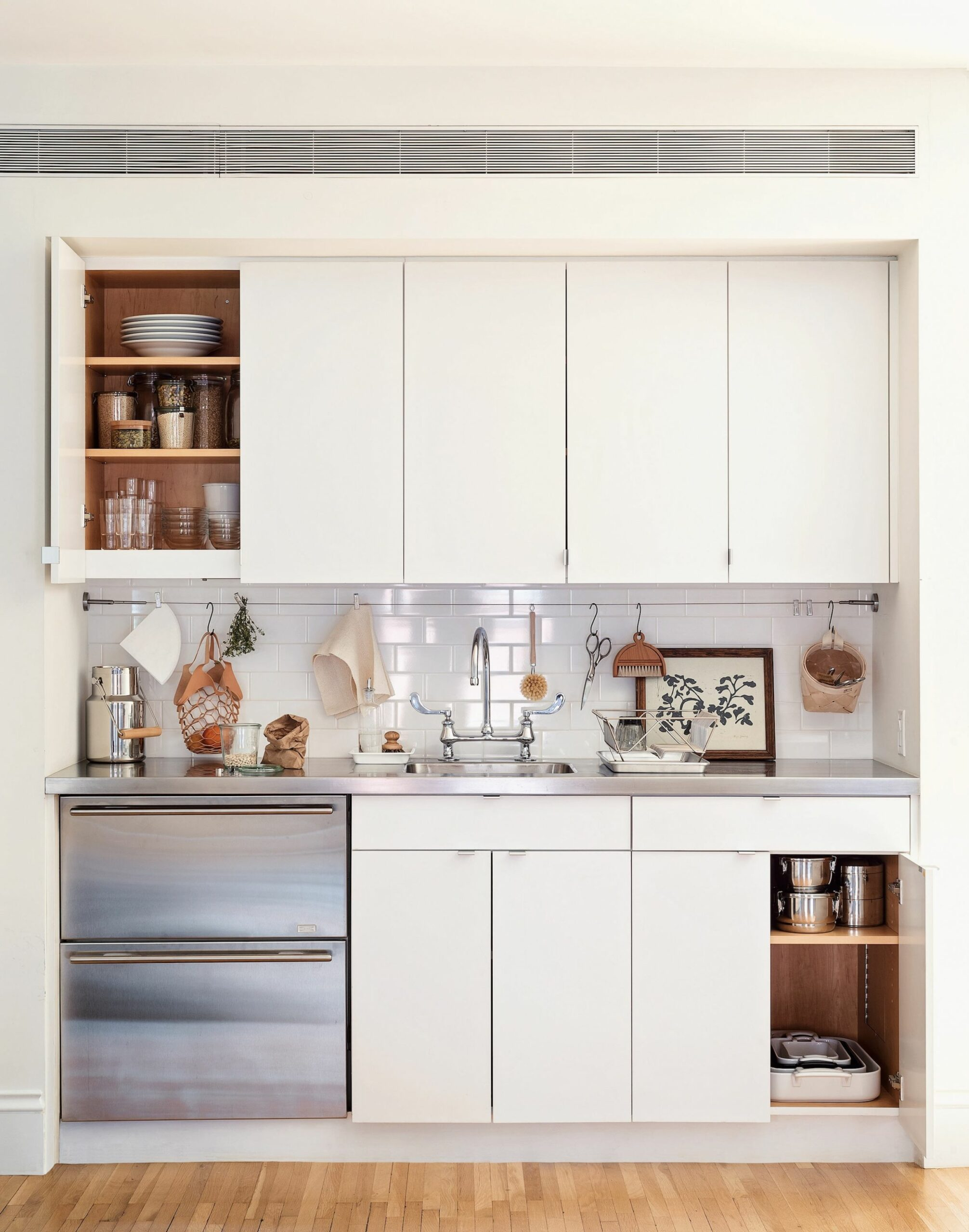 12 Space-Saving Ideas to Steal from a Brooklyn Kitchen, Ikea Hack ..