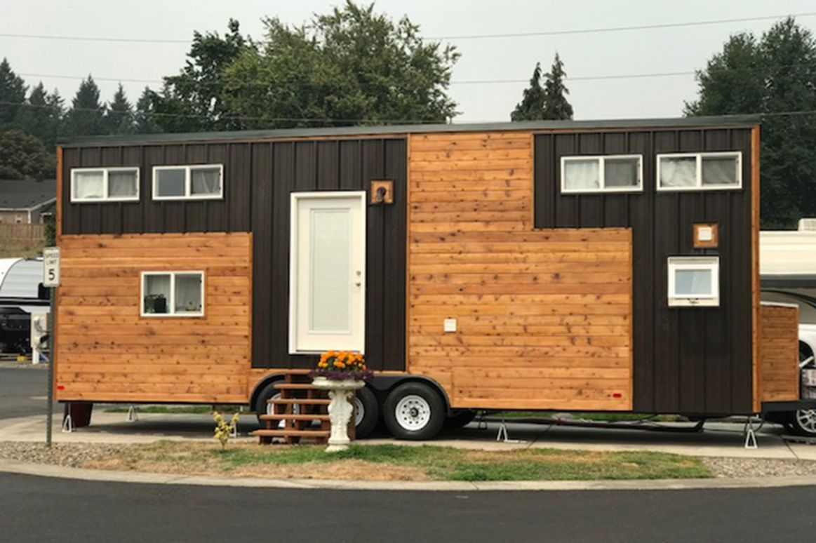 12 Stunning Photos Of Tiny Home Prove That Travel Nursing With Kids ...