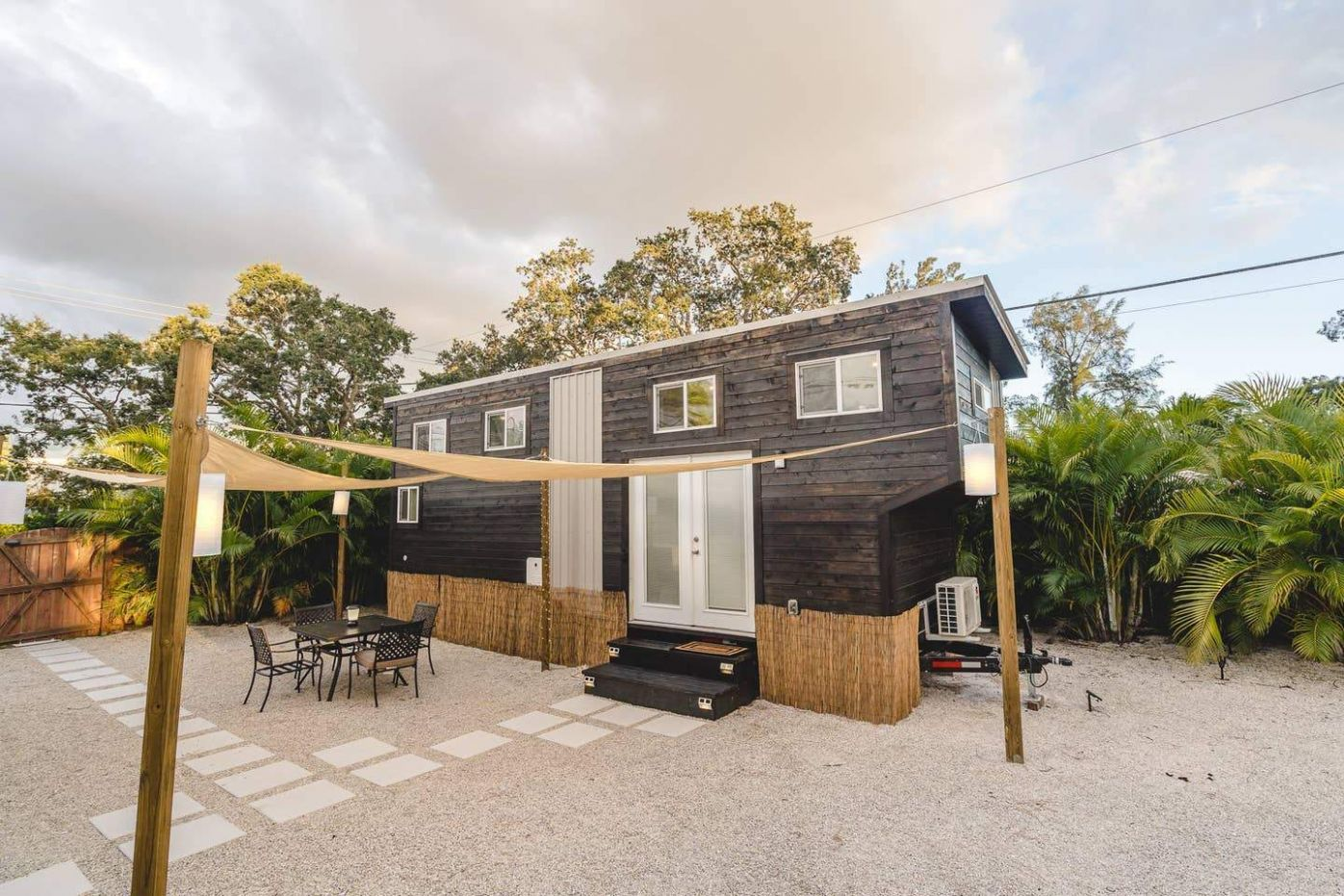 12 Tiny Houses in Florida You Can Rent on Airbnb TODAY! - Dream ...