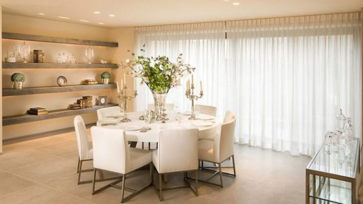 12 White Round Table Design Ideas For Extravagant Look Of Your ..