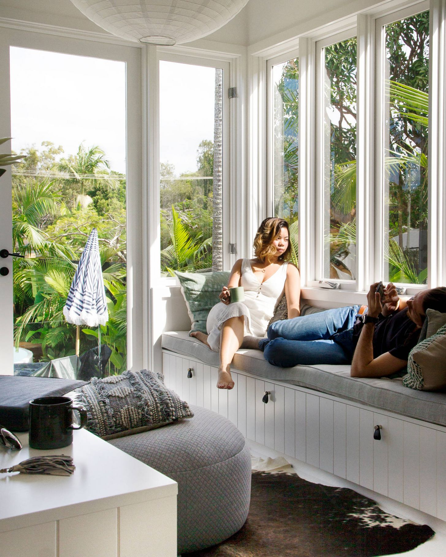 8 Beautiful Tropical Sunroom Pictures & Ideas | Houzz - small sunroom renovation