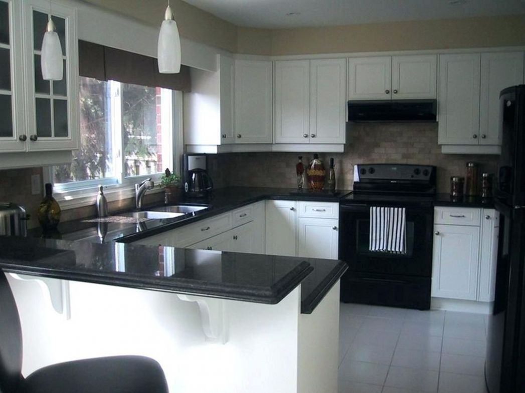 8 Elegant Black And White Kitchen Cabinet and Appliance Ideas ..