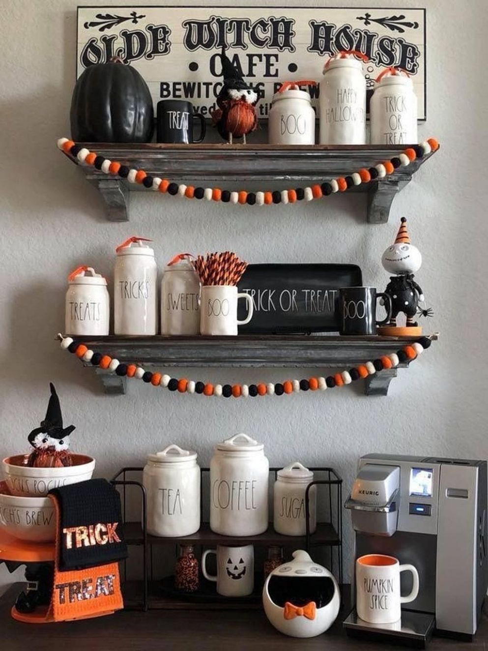 8 Fancy Halloween Decoration Ideas For This Season (With images ...