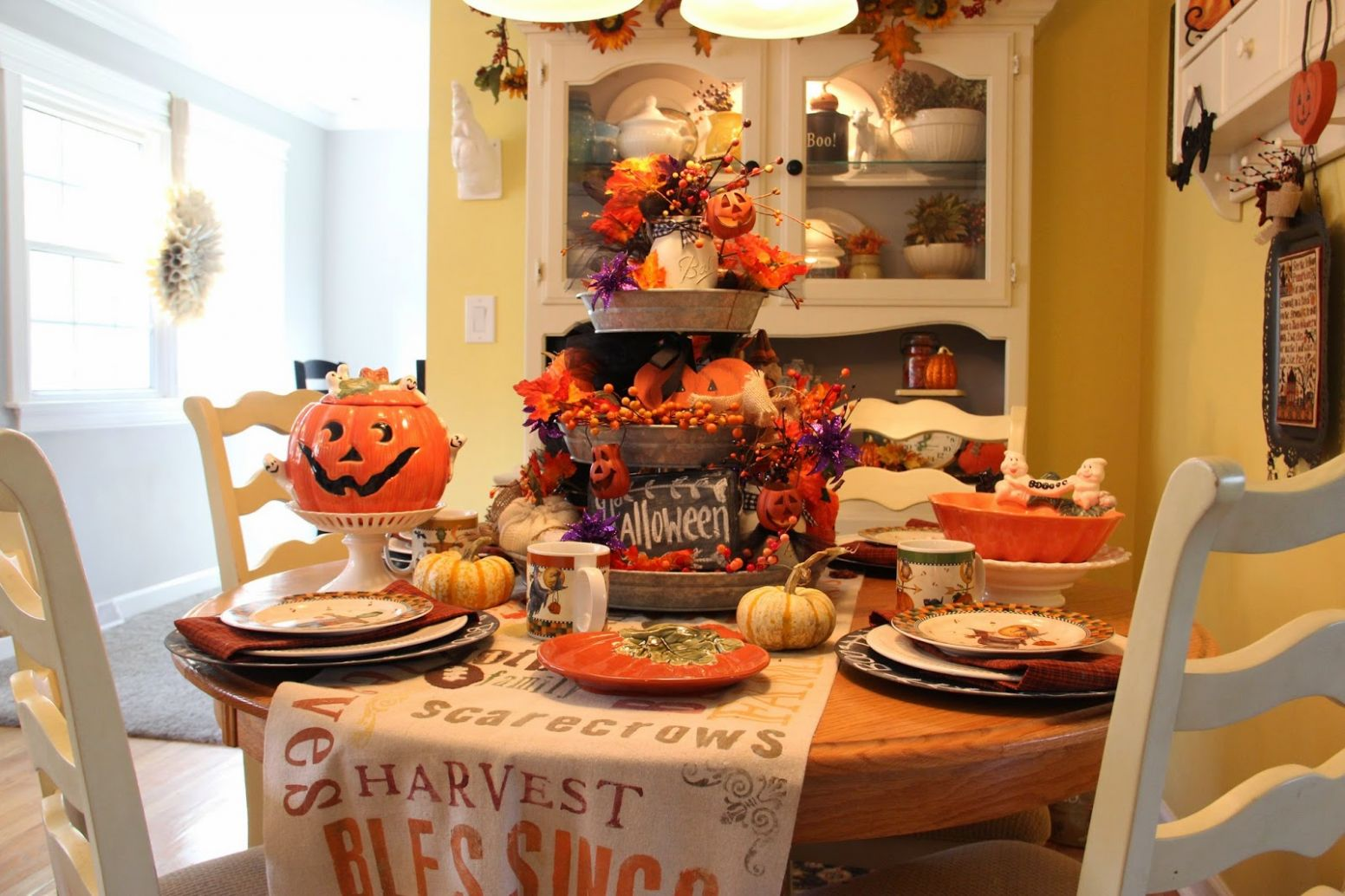 8 Halloween Decoration Ideas for the Kitchen