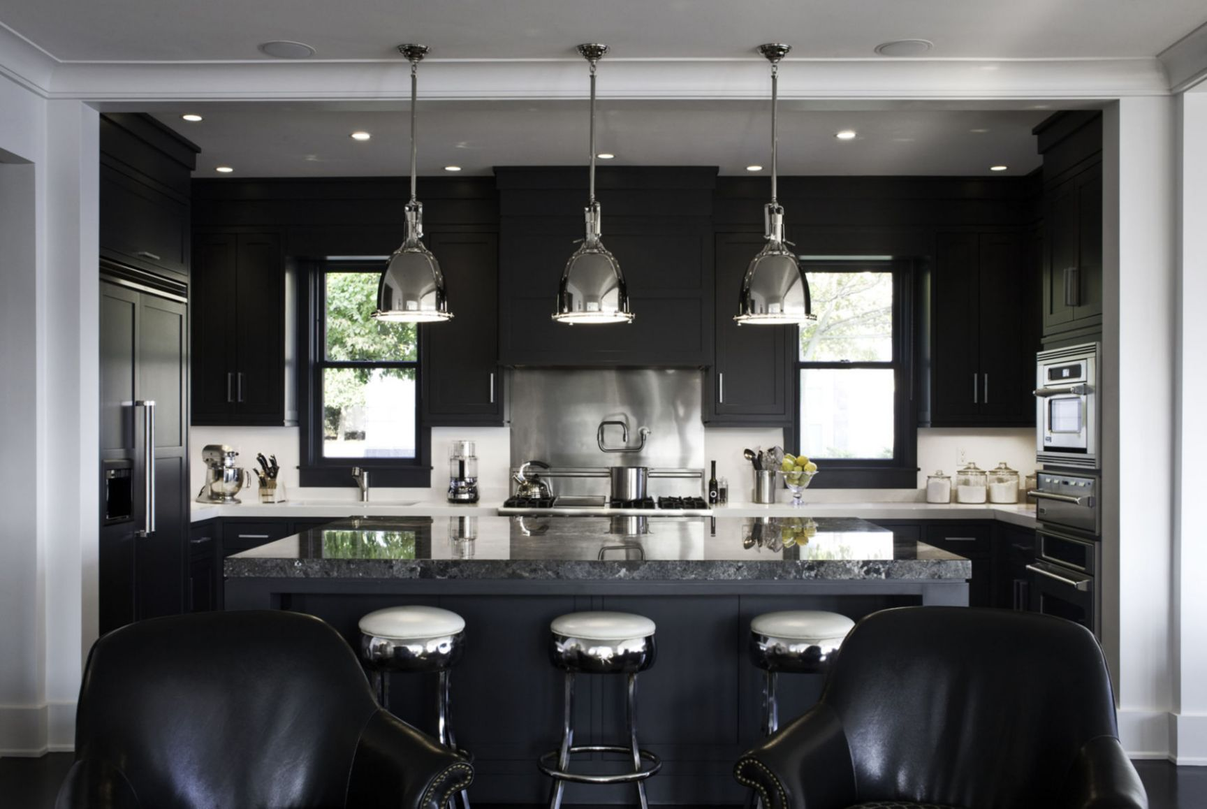 8+ Kitchens with Black Appliances in Trending Design Ideas for ..