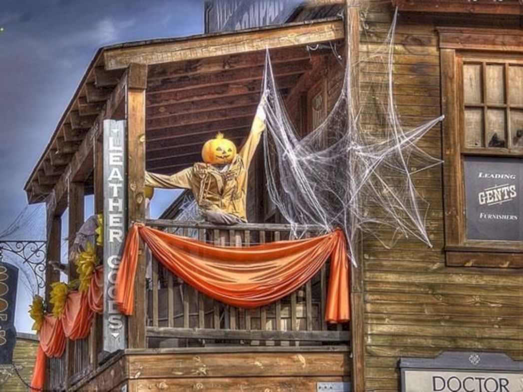9 Awesome Apartment Balcony Decorations For Amazing Halloween Day ..