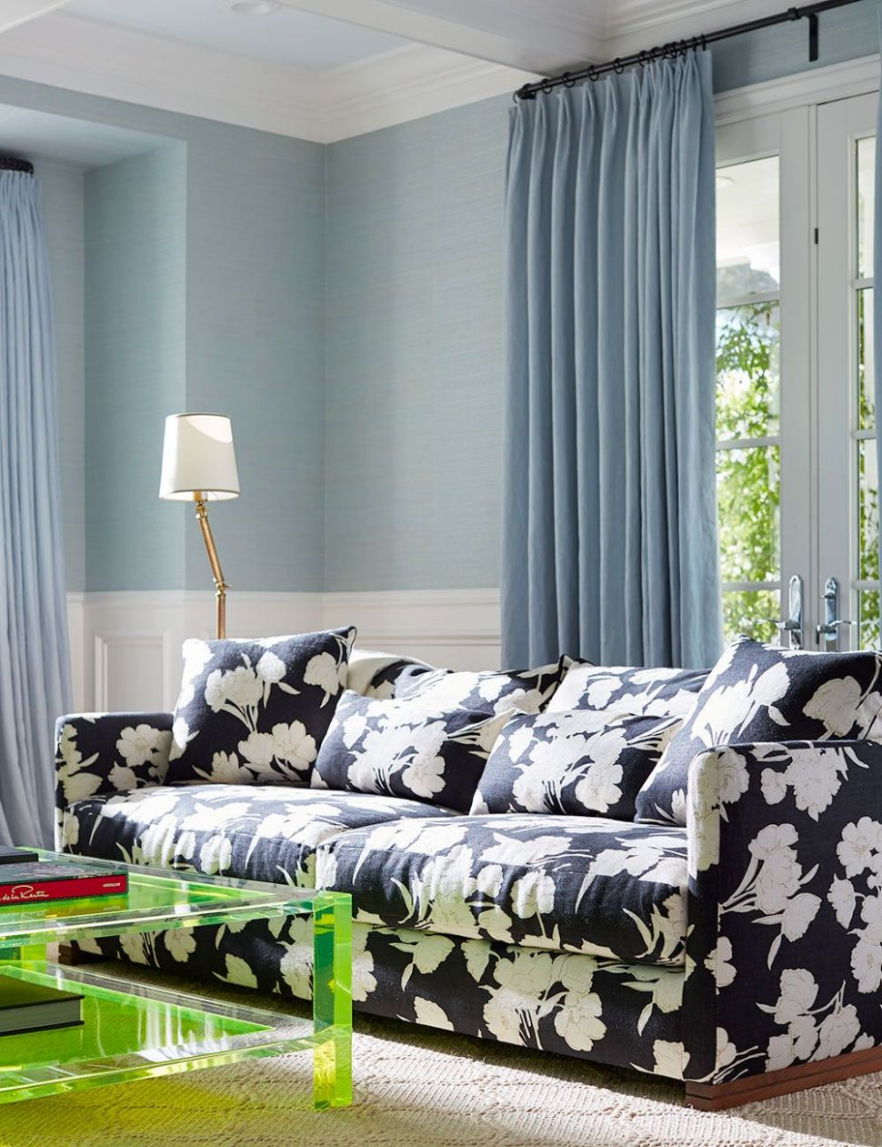 9 Best Blue Rooms - Decor Ideas for Light and Dark Blue Rooms - living room ideas blue
