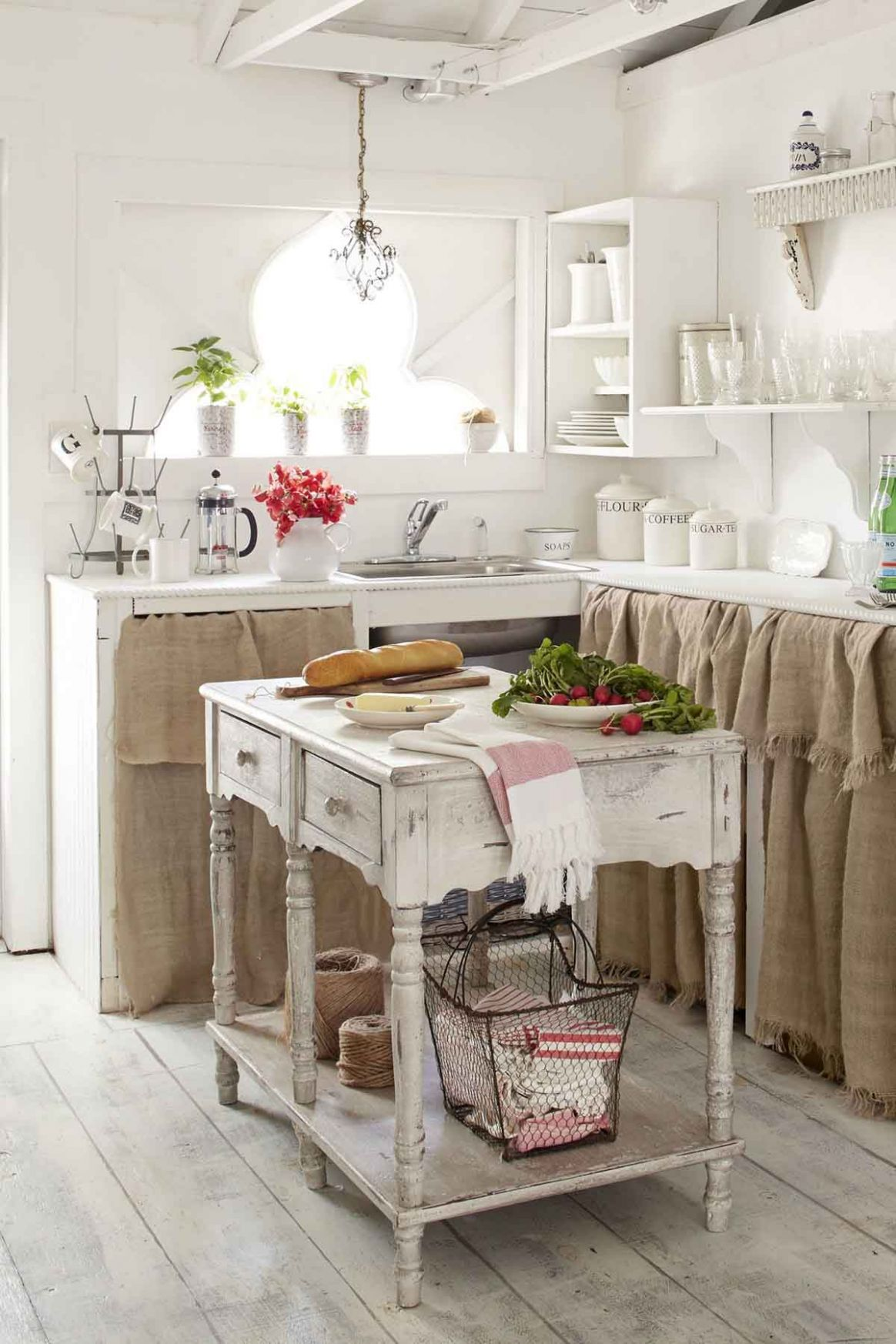 9 Best Vintage Kitchen Decor Ideas and Designs for 9