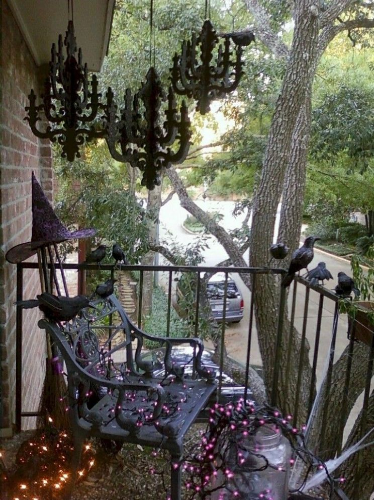 9+ Comfy Small Apartment Balcony Decor Ideas on A Budget ...