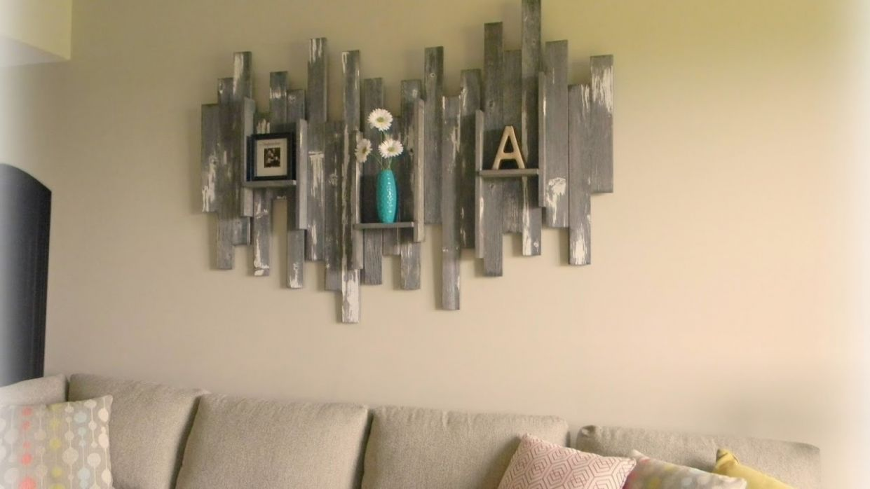 9 + Creative WOOD Wall Decoration Ideas 9 - Amazing Wall Decor Ideas