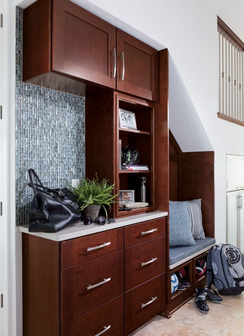 9 Drop Zone Ideas for the New Mud Room | Drop zone, Easy bathroom ..